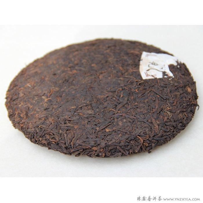 02年勐海布朗山古树茶纯料图片
